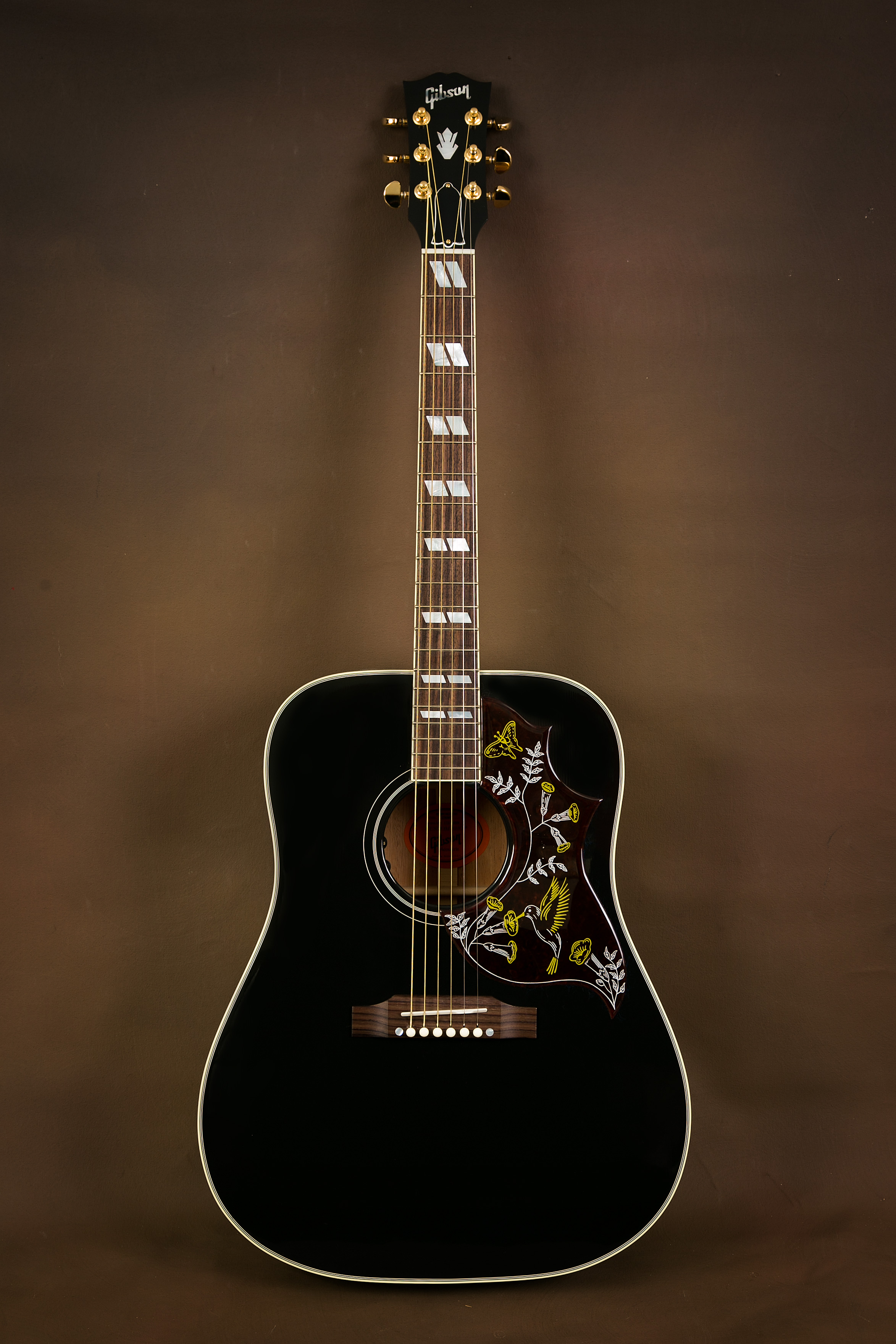 2014 gibson hummingbird ebony acoustic guitar the acoustic room. Black Bedroom Furniture Sets. Home Design Ideas